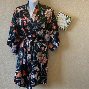 Cotton On Body silky robe black floral